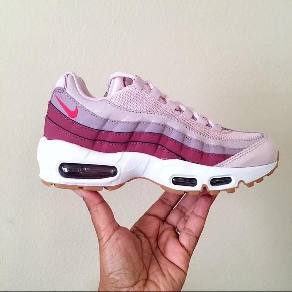 cheap for discount 427f6 41adb Nike Air Max 95 Women Size 6.5 NWT